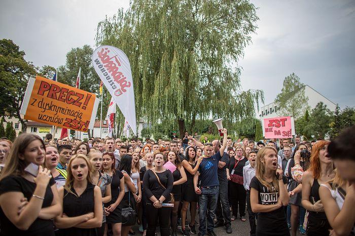 protest_c02